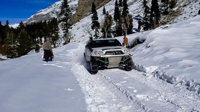 snowfall swat